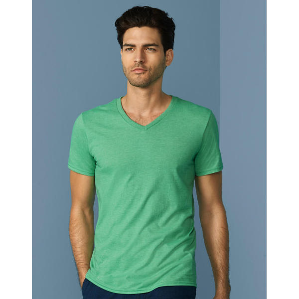Gildan Mens Softstyle® V-Neck T-Shirt