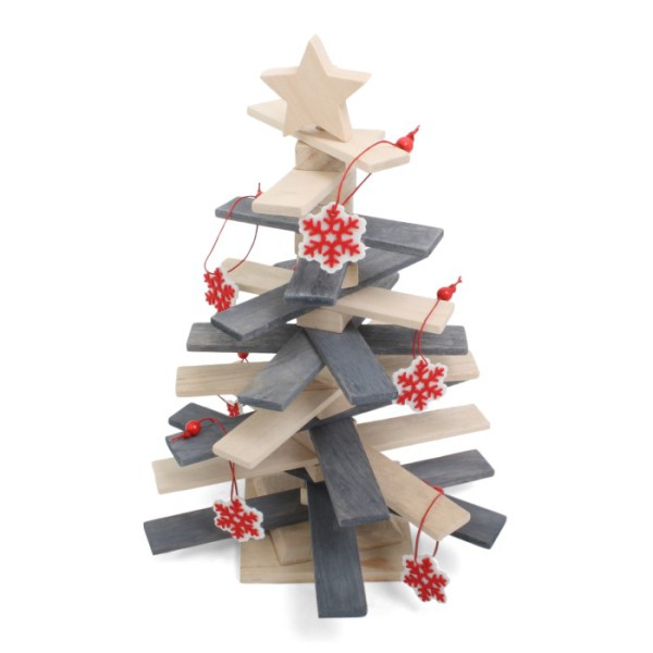 Wooden X-mas Tree With Star
