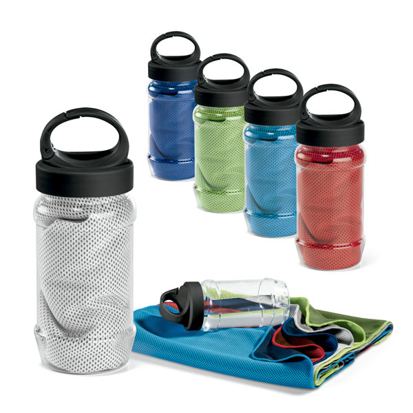 ARTX PLUS. Sports towel with bottle