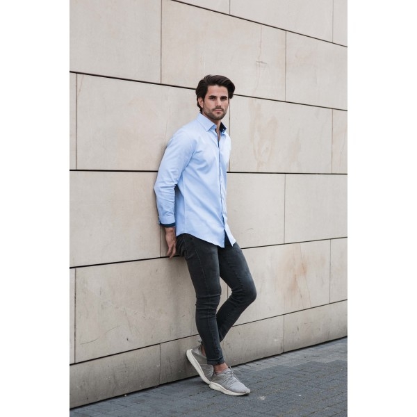 Long-sleeved herringbone shirt