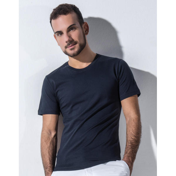 Pierre Men's Round Neck T-Shirt