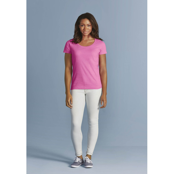 Dames-t-shirt boothals softstyle